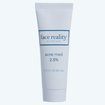 A water-based gel containing 2.5% benzoyl peroxide