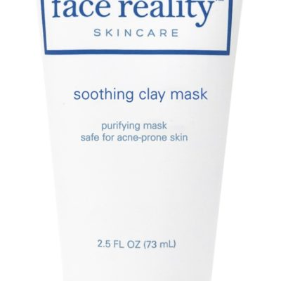 This detoxifying facial mask helps absorb excess sebum, reduces shine, and draws out impurities from the skin.