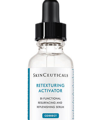 This oil-free serum simultaneously exfoliates skin and replenishes moisture for radiant, smooth, skin