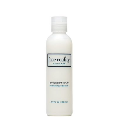 A sulfate-free scrub cleanser that is ideal for acne